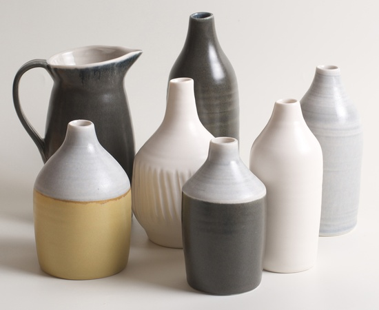 <p><strong>Linda Bloomfield</strong>, thrown porcelain vessels</p>